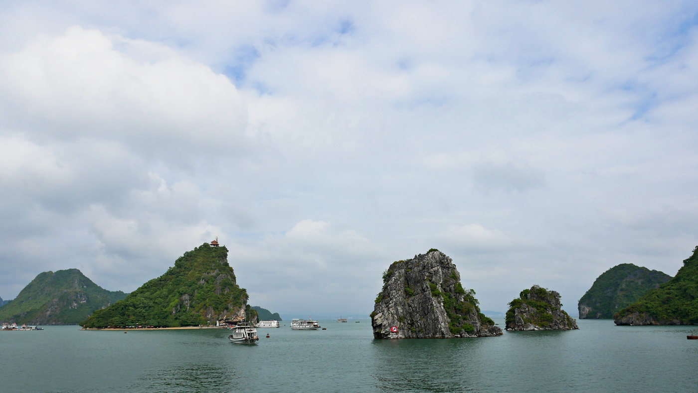 Zátoka Ha Long v Jihočínském moři II.