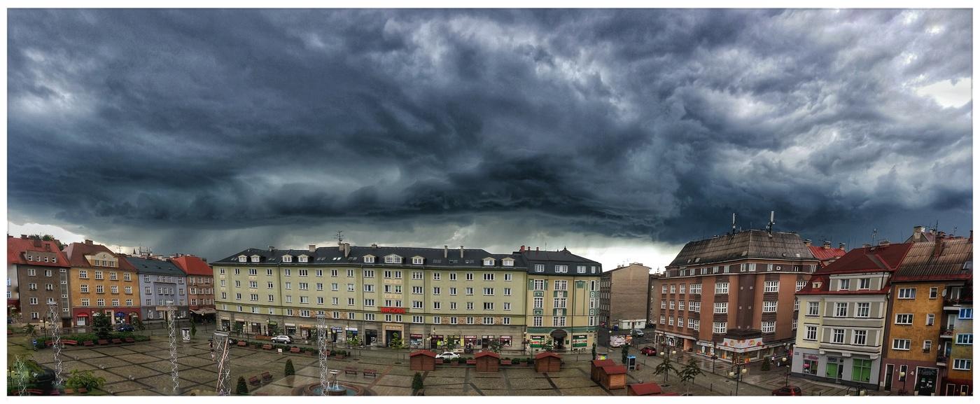 Před bouří ...