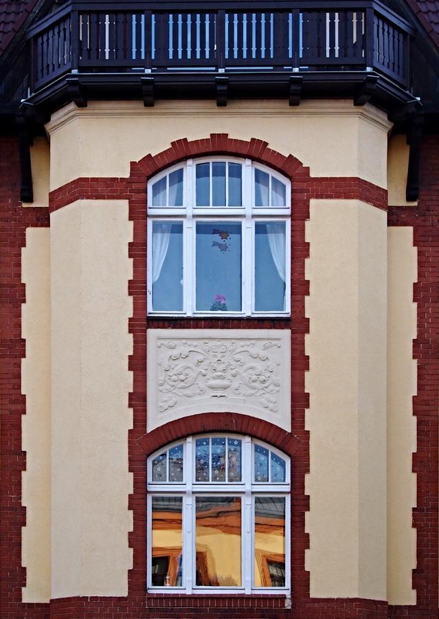 Opět okna.