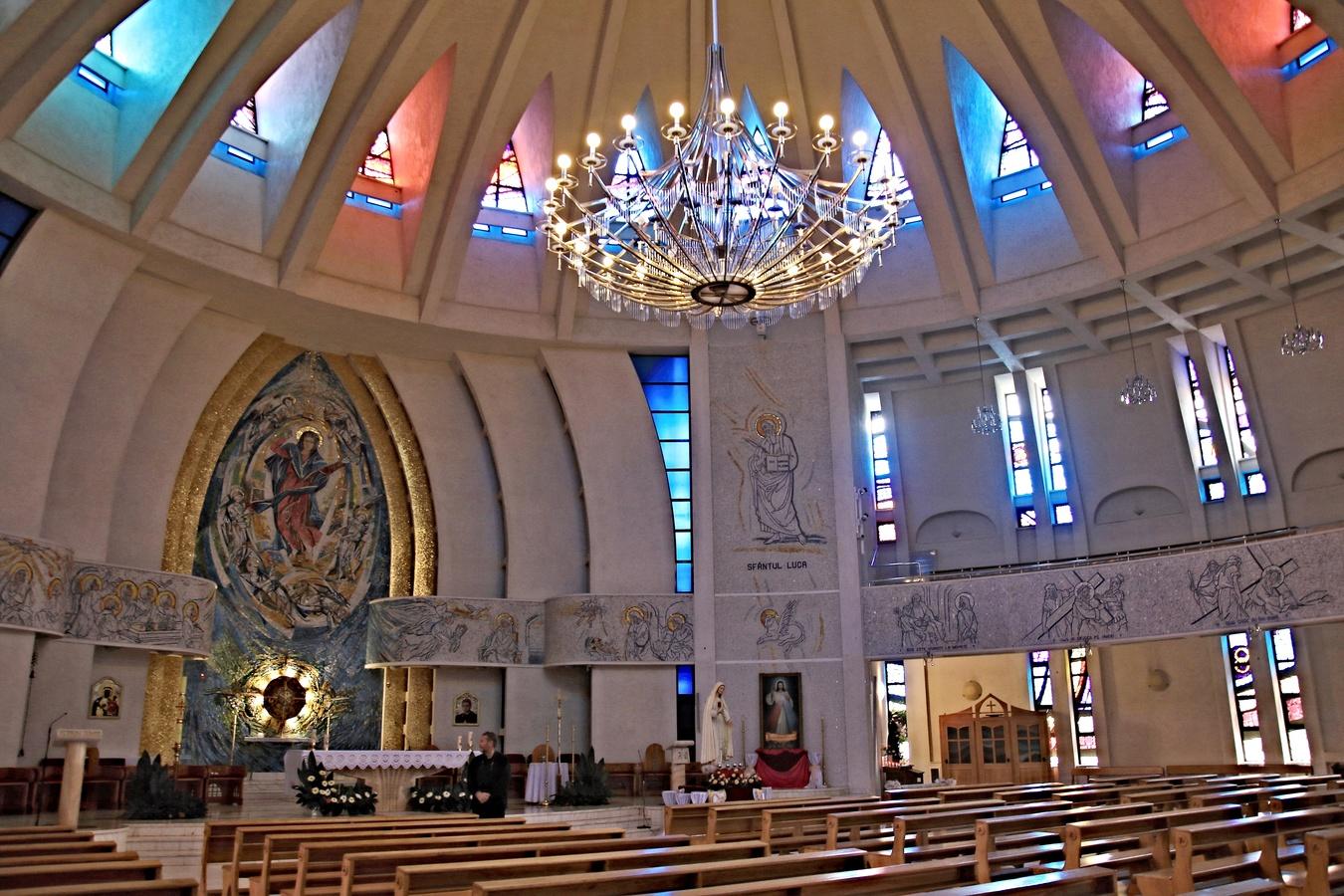 Rumunsko - katedrála Panny Marie