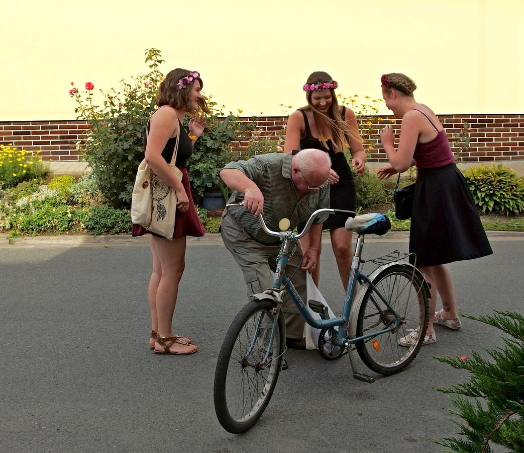 když se kolo polámalo...