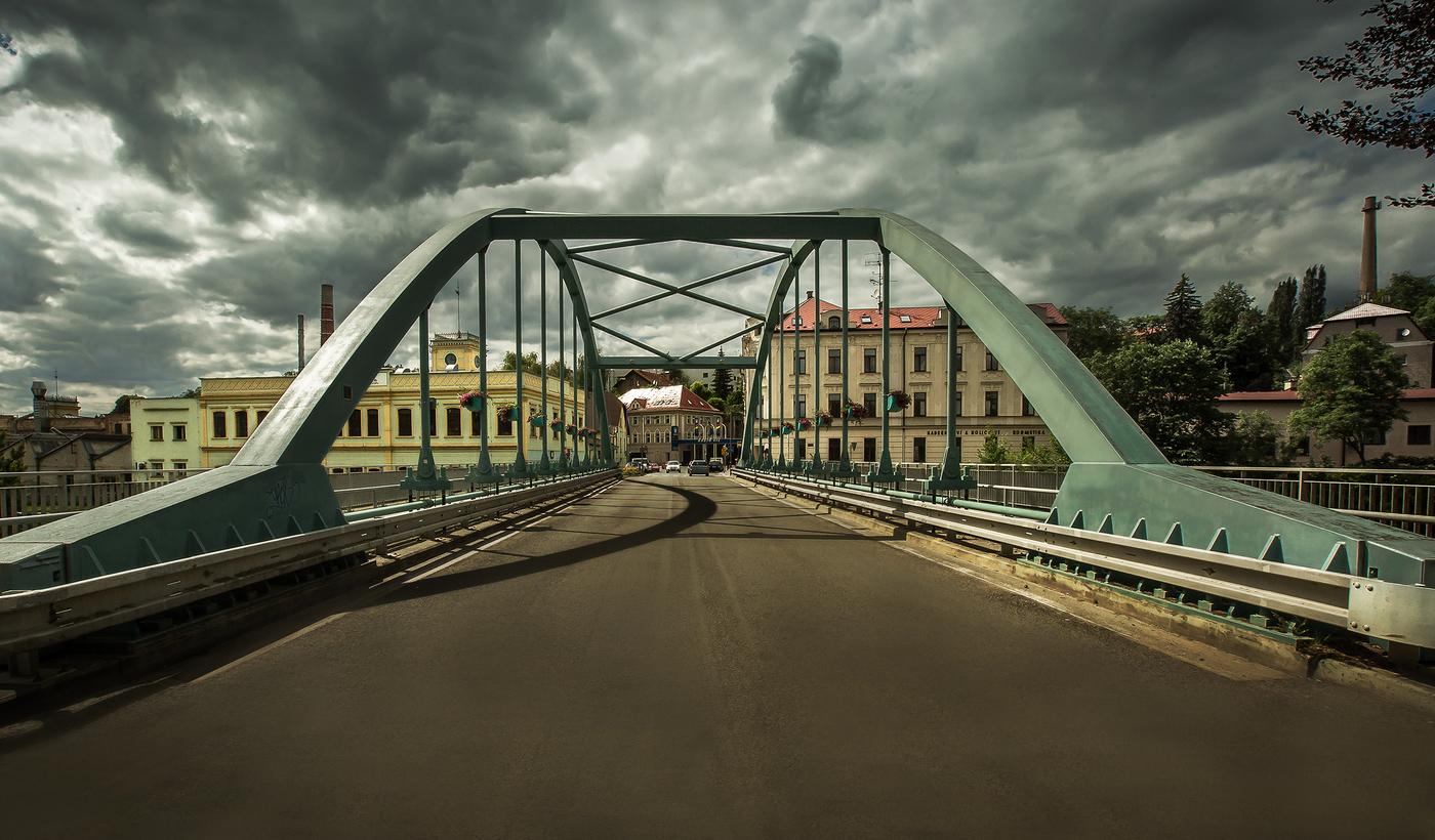 Most přes řeku Jizeru ...