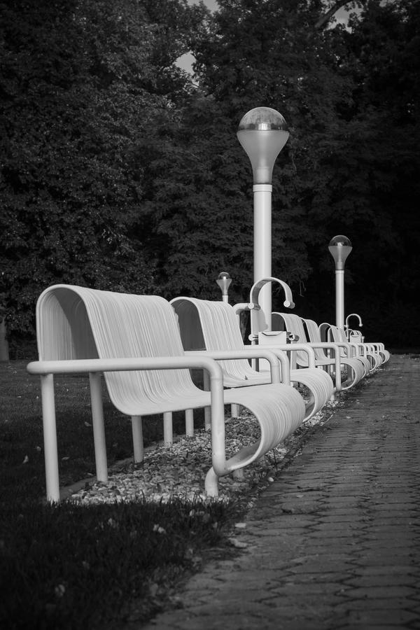 Posaďte se prosím II.