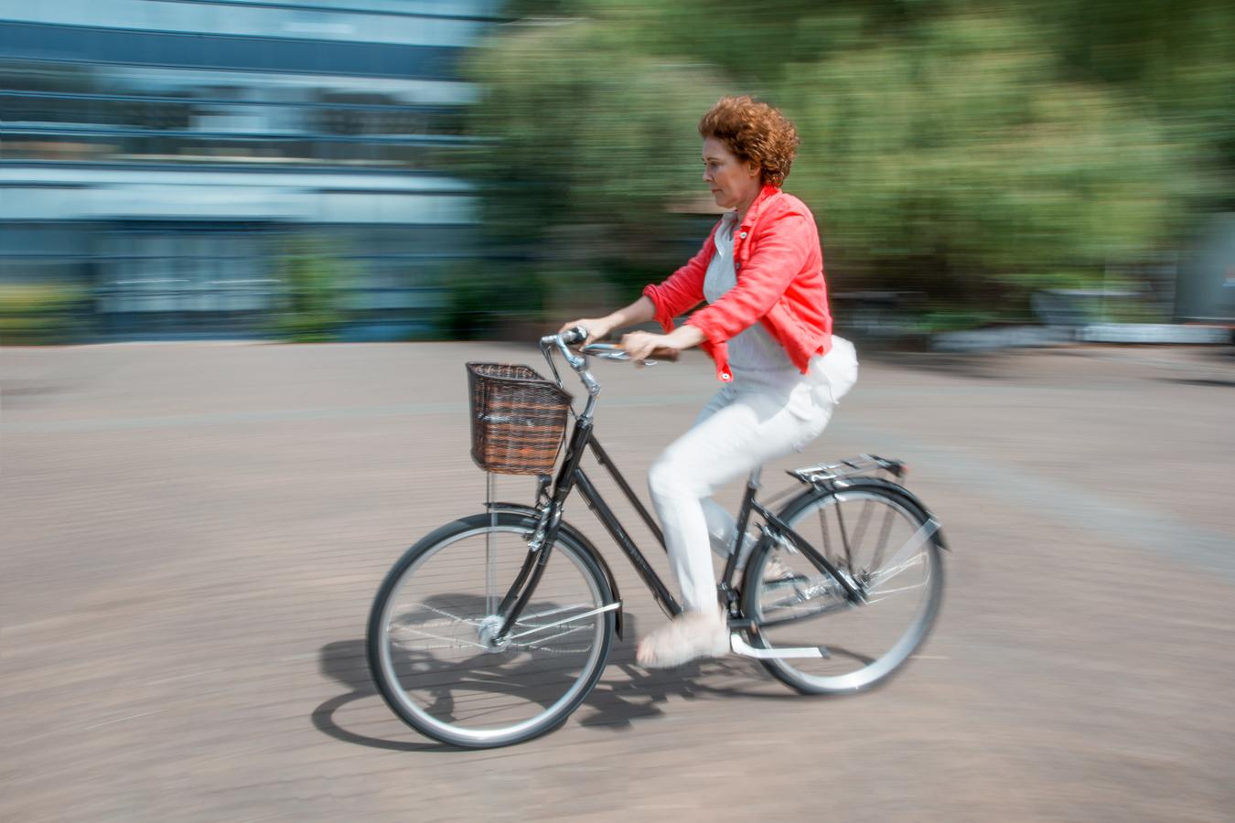 Dáma na kole