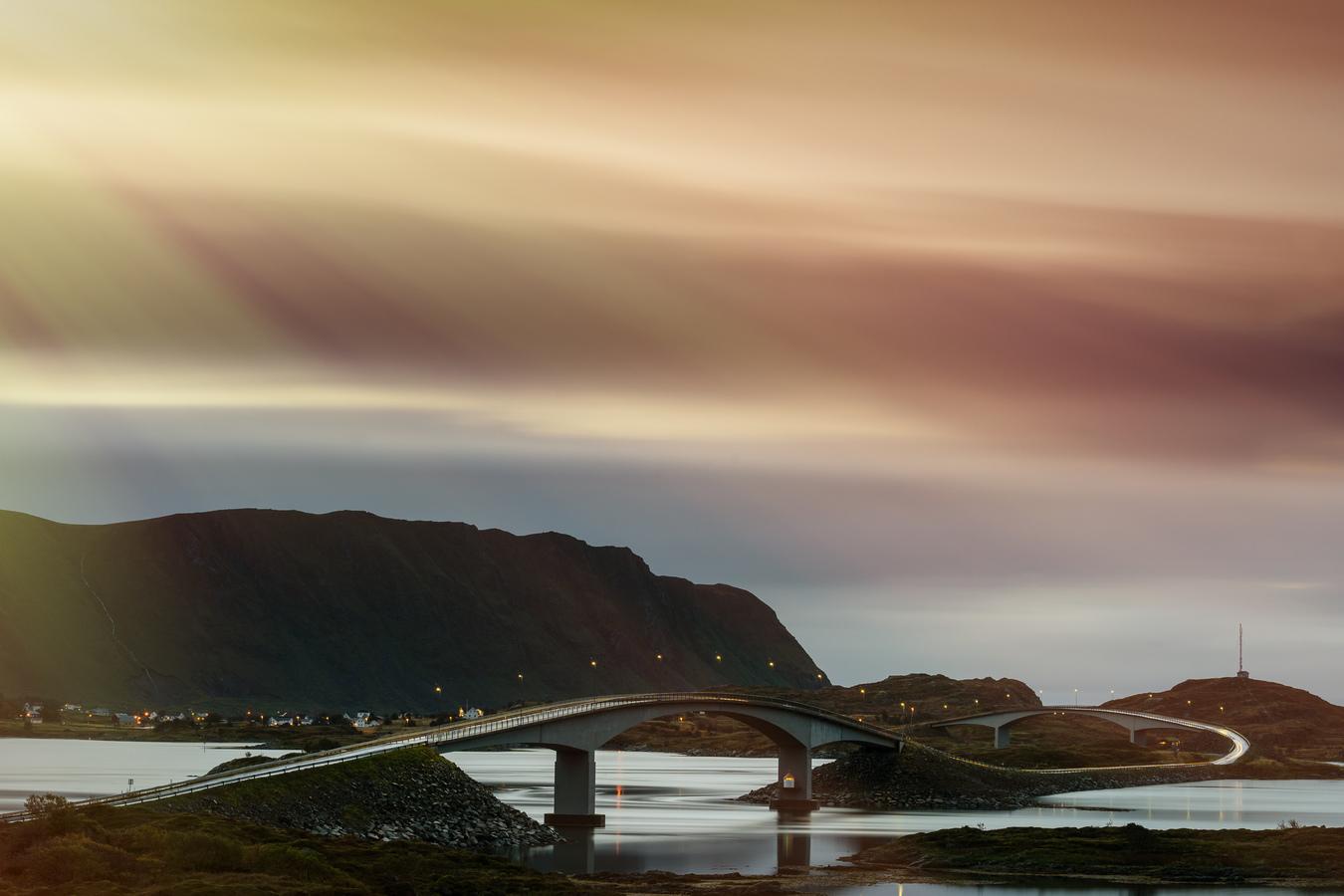 Fredvang Bridge_Lofoty_Norsko