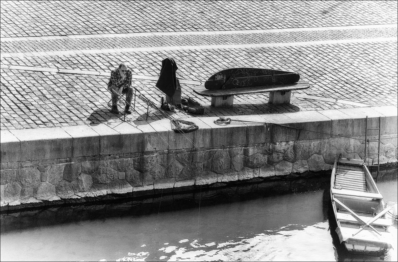Rybář z náplavky