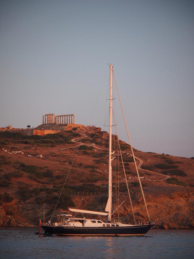 Pod Poseidonovým chrámem