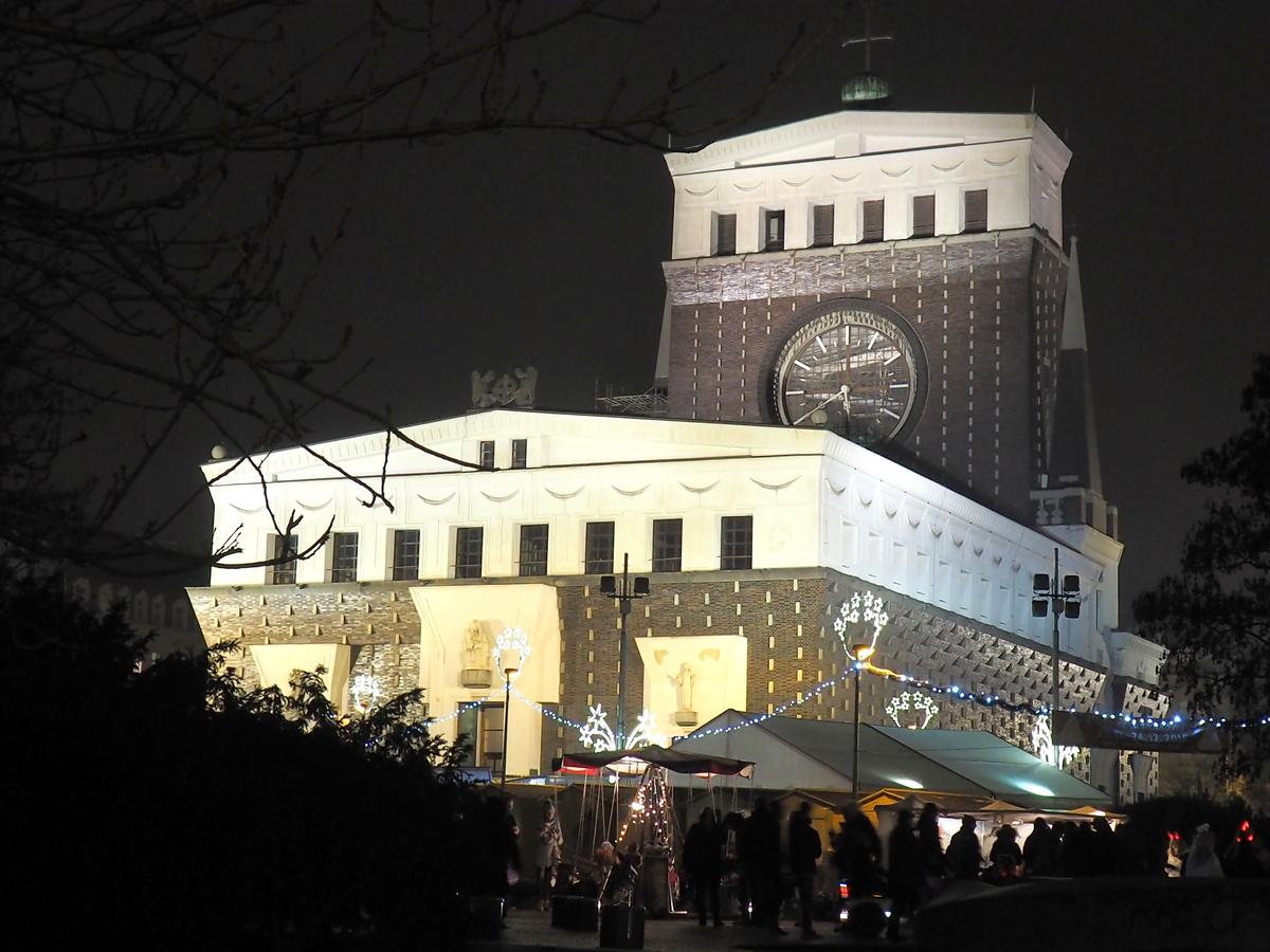Adventní trh u kostela