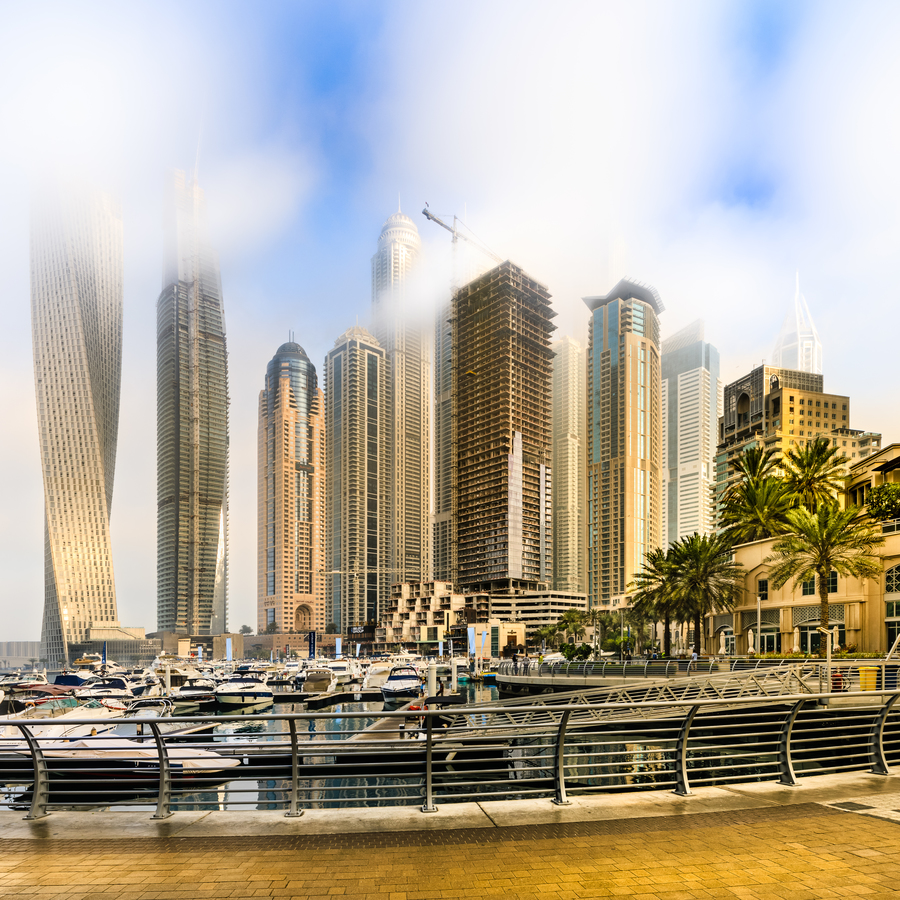 Ráno na Dubai Marině