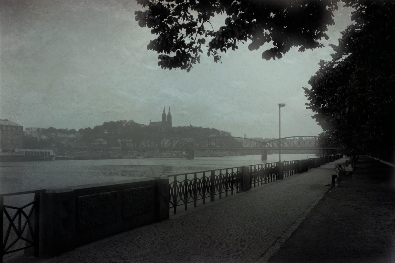 procházka podel Vltavy