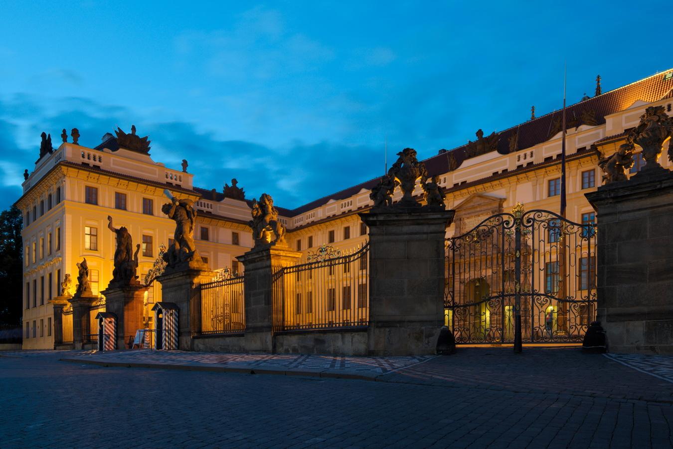 Průčelí Pražského hradu