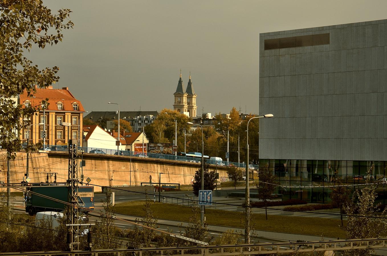 ... věže ostravské katedrály...