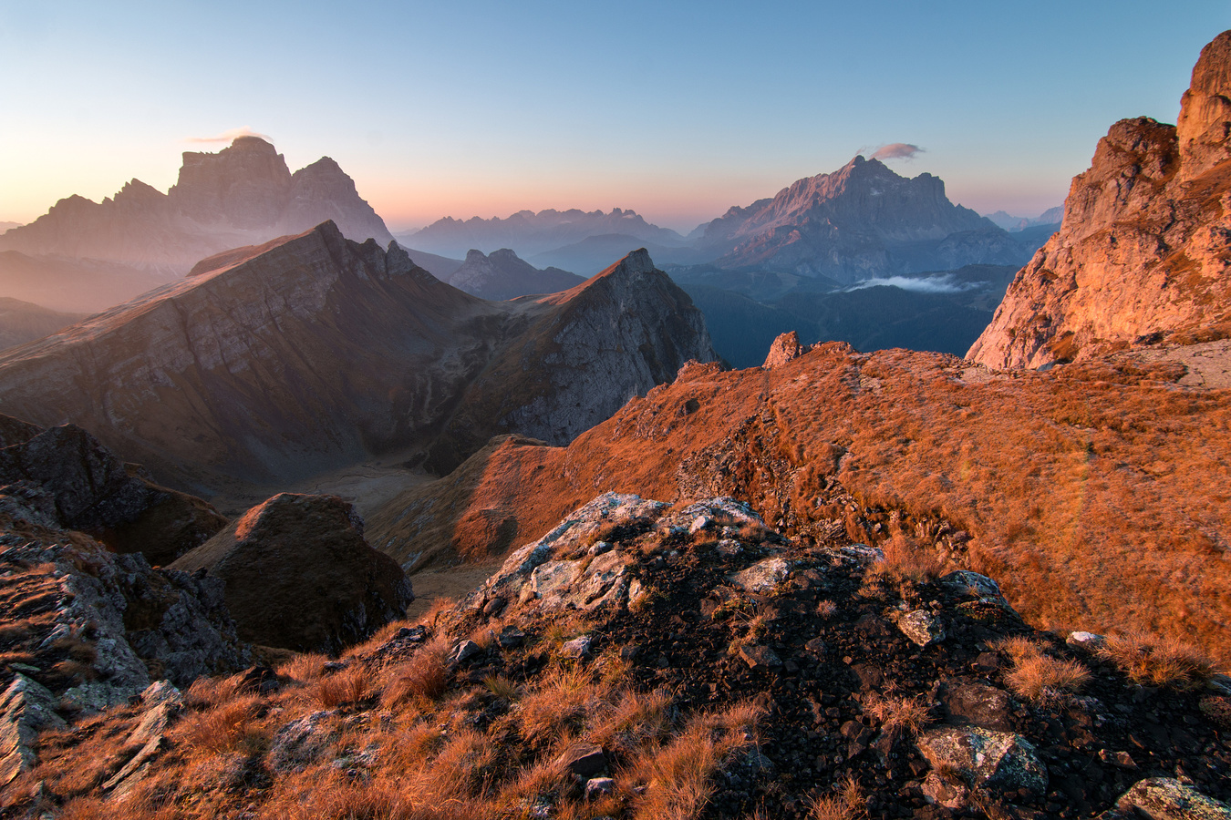 ranní výhled na Monte Pelmo