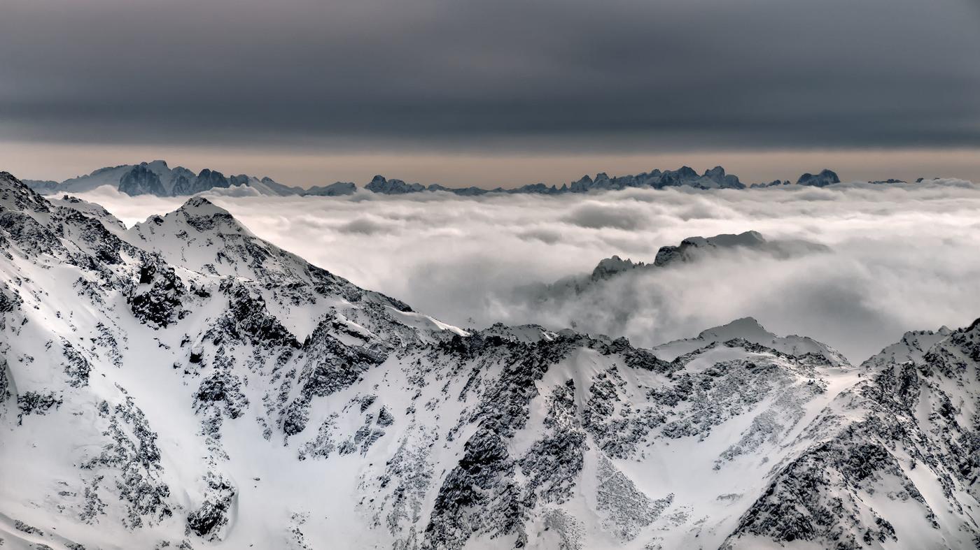 Skalní ostrovy v Alpách