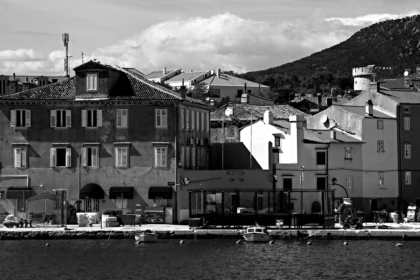 Středomořská architektura - Cres