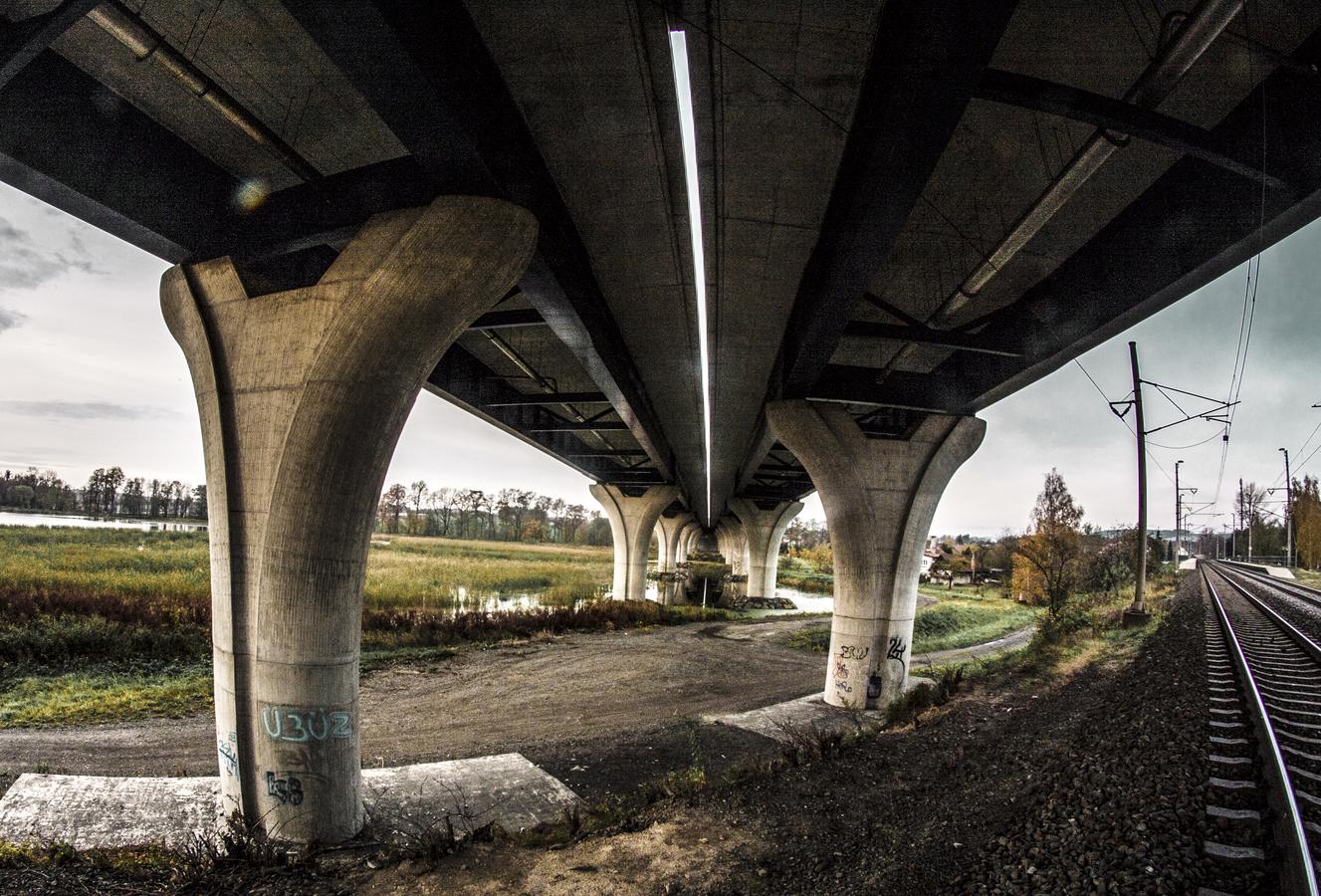 Dálniční viadukt 3