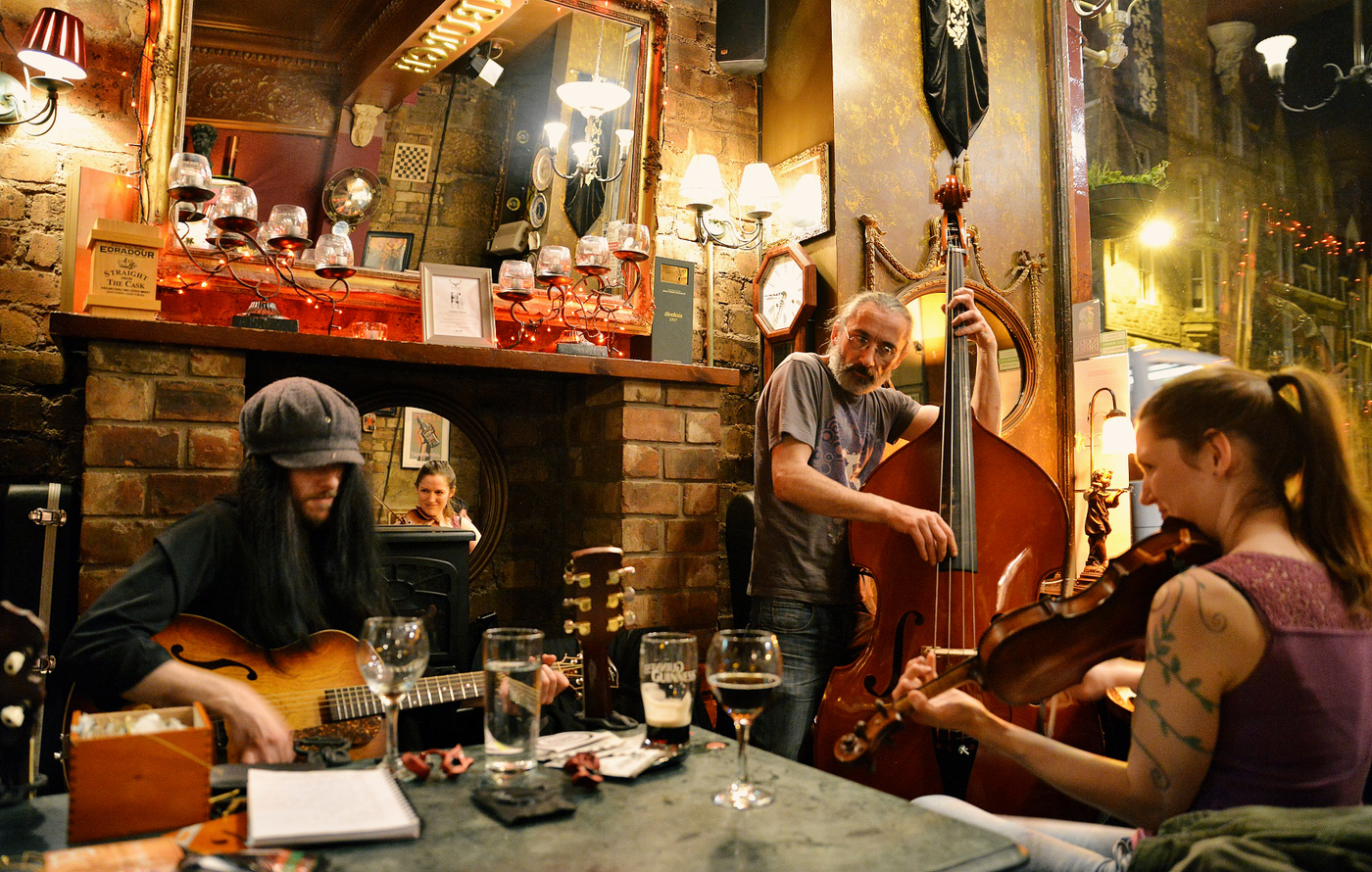 Whiski Bar / Edinburg