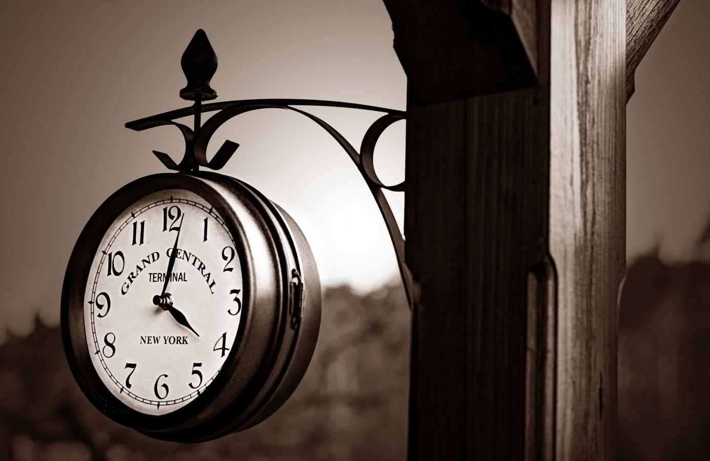 16:02 h.