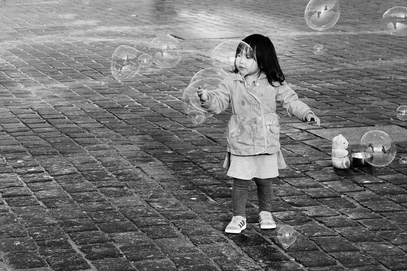 Bublinková holčička