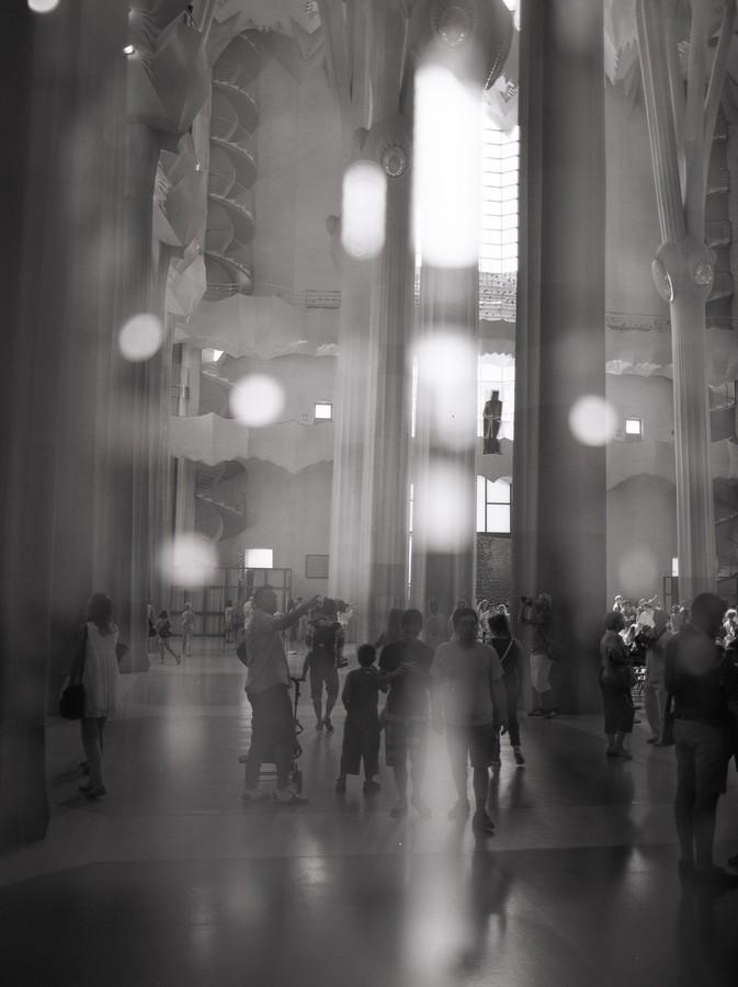 Záblesky slunce v katedrále Sagrada Família, Barcelona