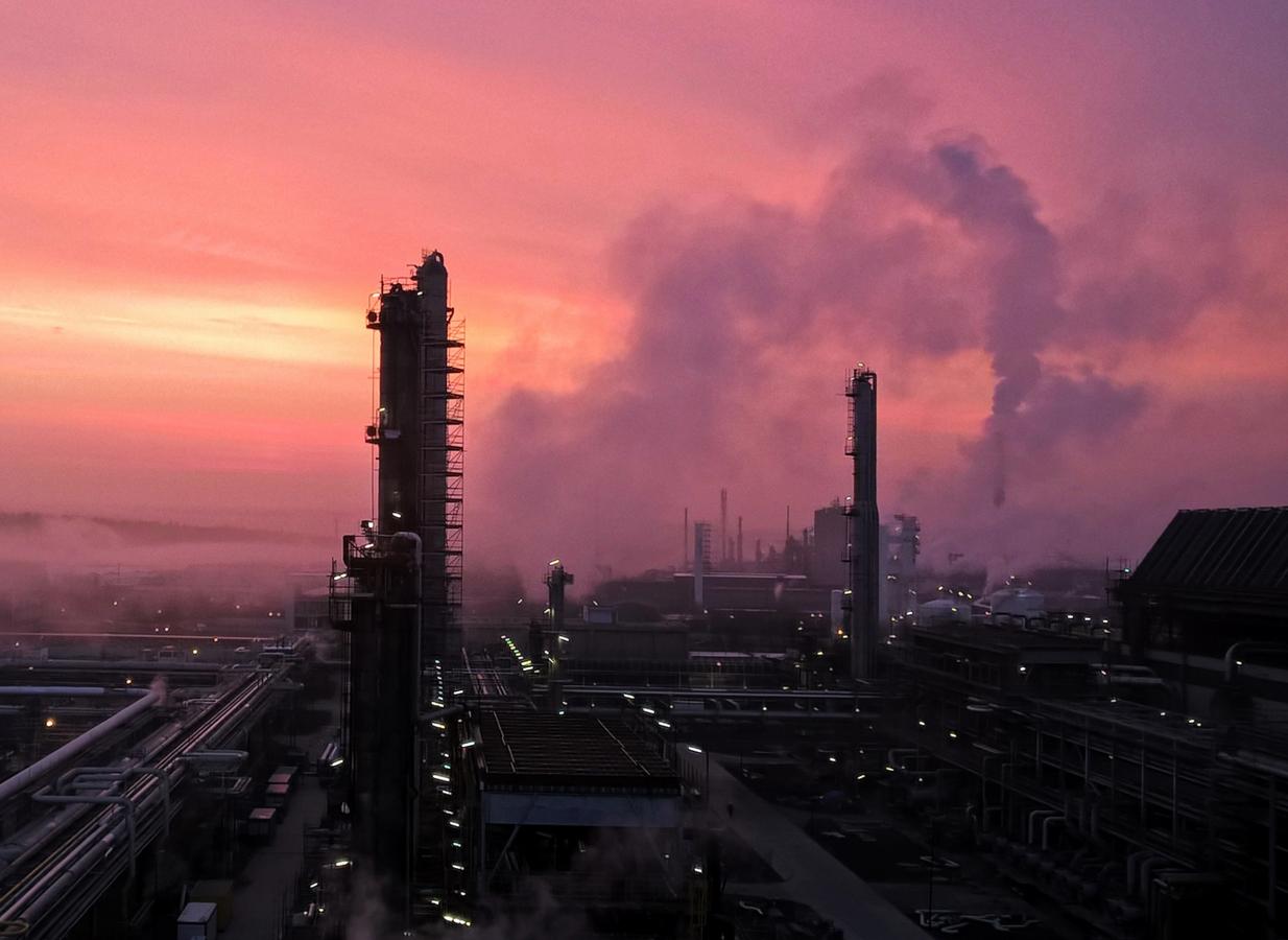 Ráno v ocelovém městě