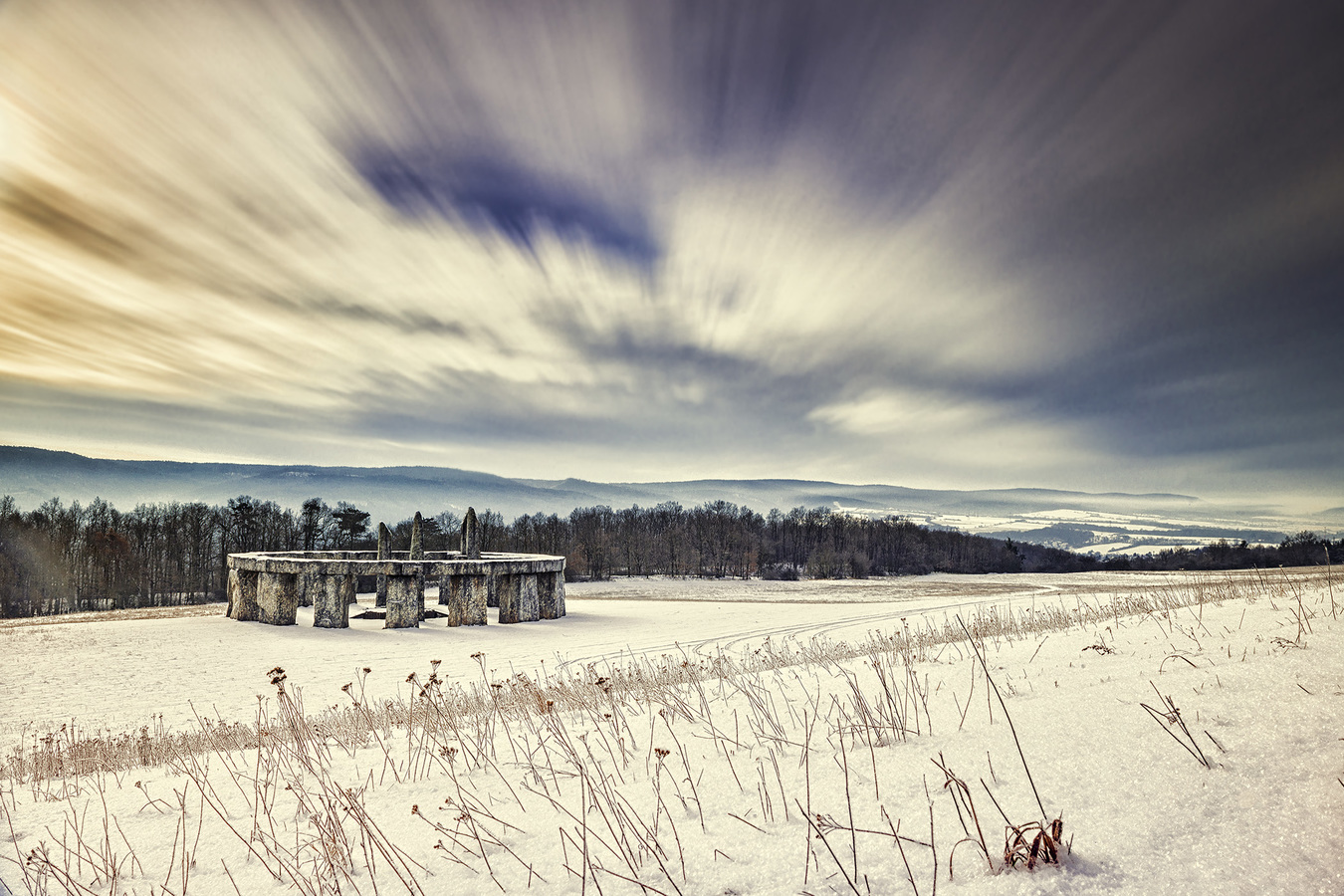 Mořinkovské Stonehenge
