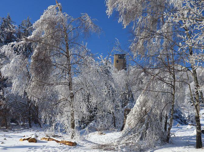 Rozhledna Brdo v zimě