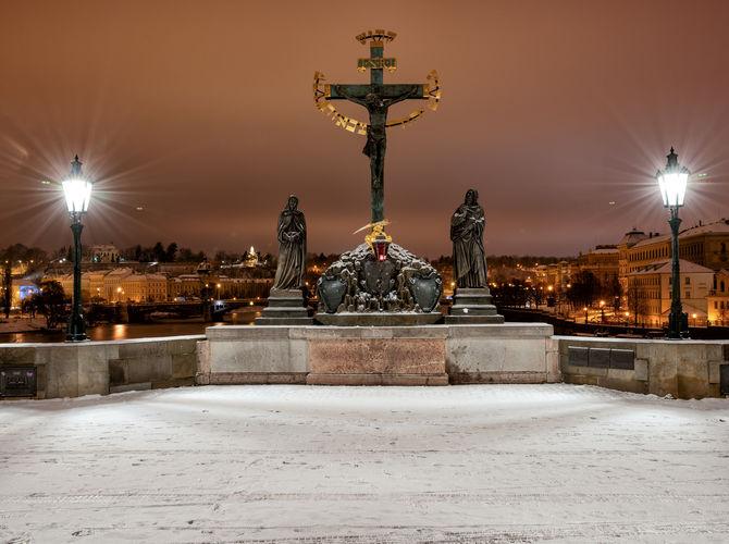 Sousoší sv. Kříže s Kalvárií na Karlově mostě