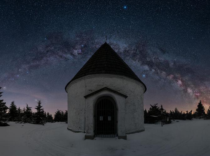 Kaple na hřebeni Orlických hor