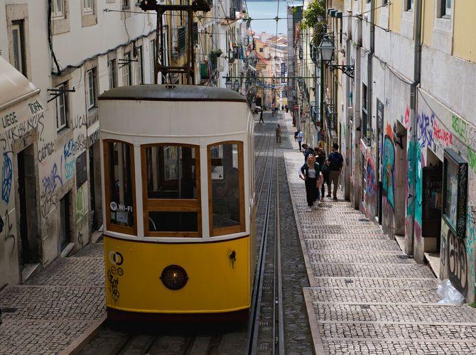 ...Lisabon...II.
