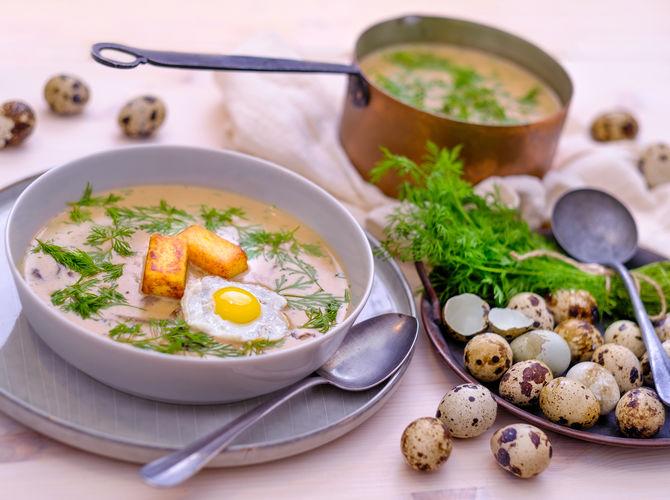 Kulajda s křepelčím vejcem a bramborovými špalíčky