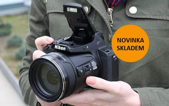 Novinky Nikon ultrazoom P900 a vodotěsný AW130 skladem