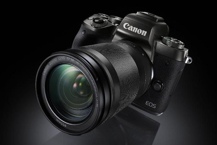 Canon uvádí novou bezzrcadlovku EOS M5 a dva objektivy