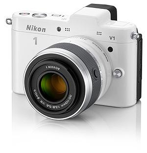 Nikon představil kompakty s výměnnými objektivy