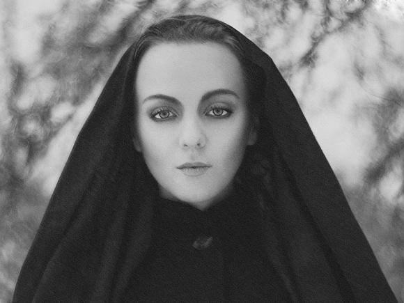 Představujeme tváře naší galerie - Lenka Ješonková