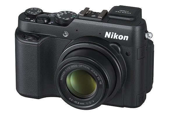 Nikon dnes představil COOLPIX P7800 a miniaturní COOLPIX S02