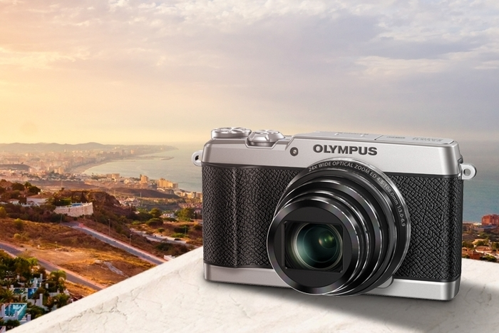 Olympus Stylus SH-2: elegantní kompakt vklasickém stylu a sunikátní stabilizací