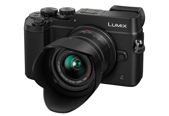 Panasonic představuje nové fotoaparáty, objektivy, ale také nové technologie