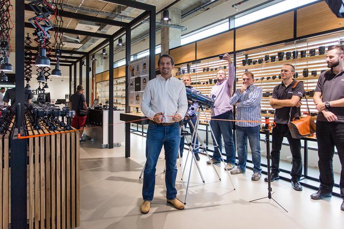 Nová brněnská prodejna MEGAPIXEL byla včera slavnostně otevřena
