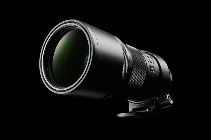 Olympus M.ZUIKO DIGITAL ED 300mm 1:4,0 IS PRO: nejkompaktnější 300mm teleobjektiv na světě