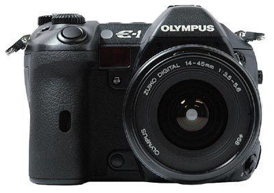 Olympus E-1 za 14 990 Kč s DPH!