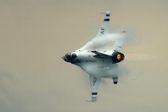 Jak se fotí stíhačky F16 za letu