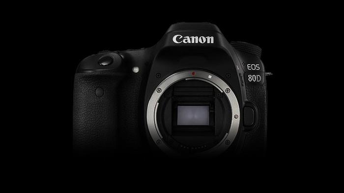 Canon EOS 80D je teď až o 2 000 Kč levnější