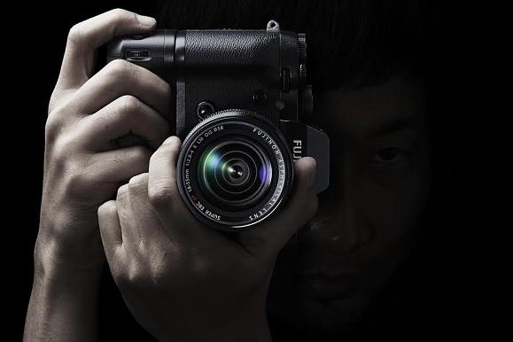 Fujifilm X-T1 se superrychlým hledáčkem byl dnes oficiálně představen