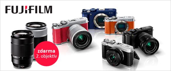 Teleobjektiv zdarma při koupi Fuji X-M1 a X-A1