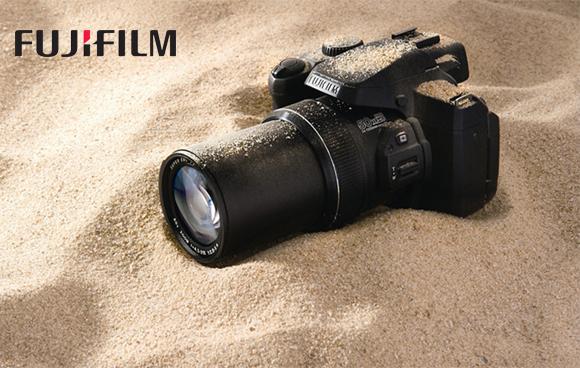 Rychlý a odolný Fuji FinePix S1 je už v prodeji!