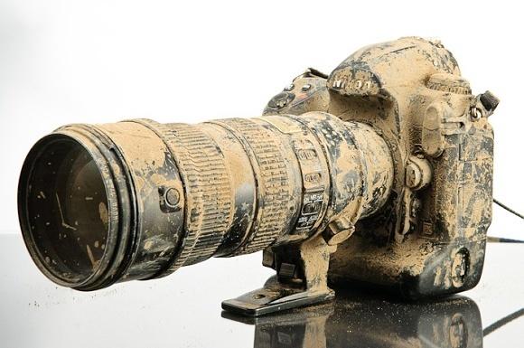 Jen pro silné povahy: co přežije Nikon D3s