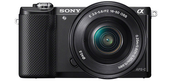 Sony A5000 je malý, lehký a skvěle vybavený