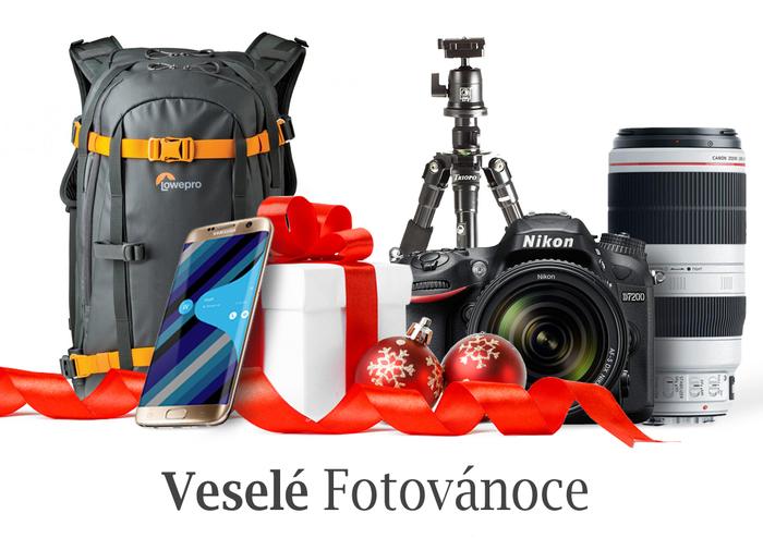 Vánoce jsou tady. Dárky pro fotografy i jejich nejbližší