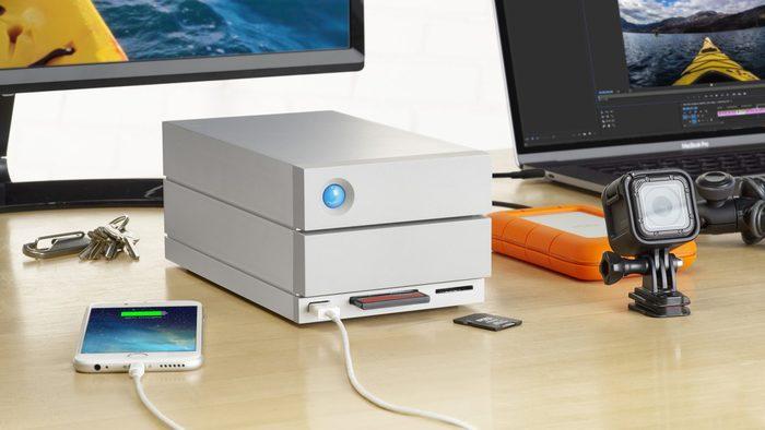 LaCie 2big Dock Thunderbolt 3 + super rychlá SD karta zdarma!